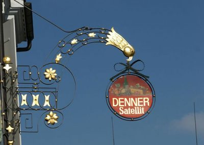Satellit Sign